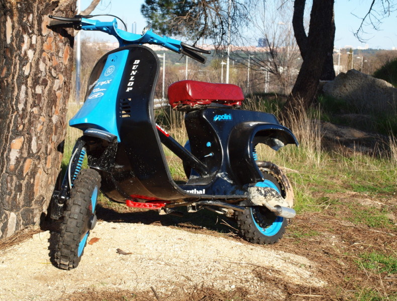 "VESPA ""CROSS"""